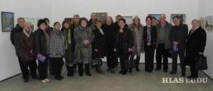 Na pamiatku aj spoločná fotka účastníkov s organizátormi výstavy