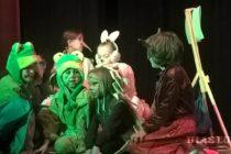 Šafáričekovci mali divadelnú premiéru Zázračného lesu