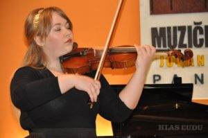 Ivana Ivanićová na svojom prvom sólistickom koncerte