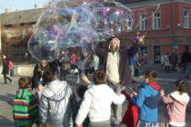 Bublina (ne)istej súčasnosti