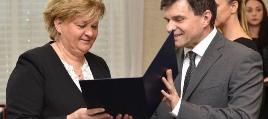 Prof. Dr. Jarmile Hodoličovej Veľká medaila svätého Gorazda
