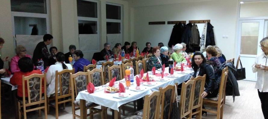 Večierok a oslavy Slovenského spolku žien Usilovné včielky v Lugu