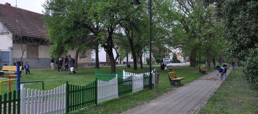 Jarné upratovanie Petrovca