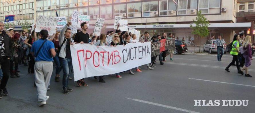 Nový Sad: Protesty pokračujú