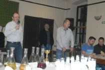 Klobásy, víno a pálenka v Hložanoch