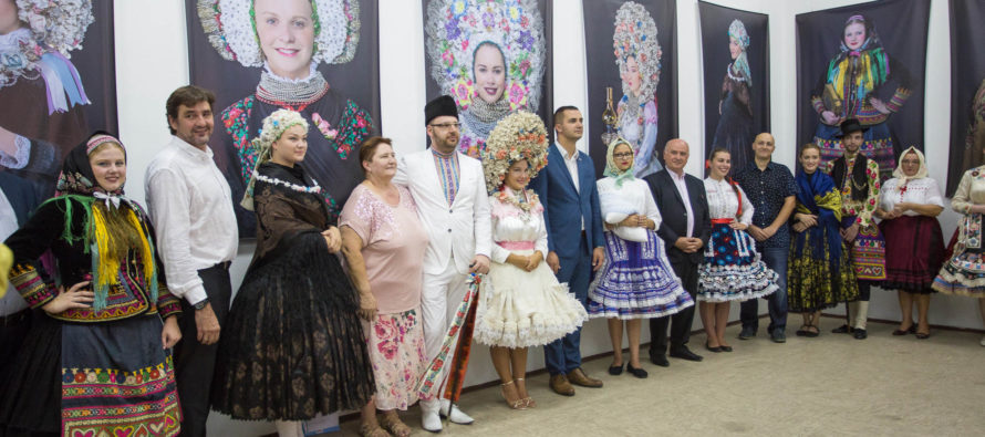 Aj výstava Slovenská krása v slovenskom ľudovom kroji na SNS