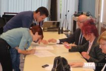 Udelili štipendiá prvákom študentom slovakistiky v Novom Sade