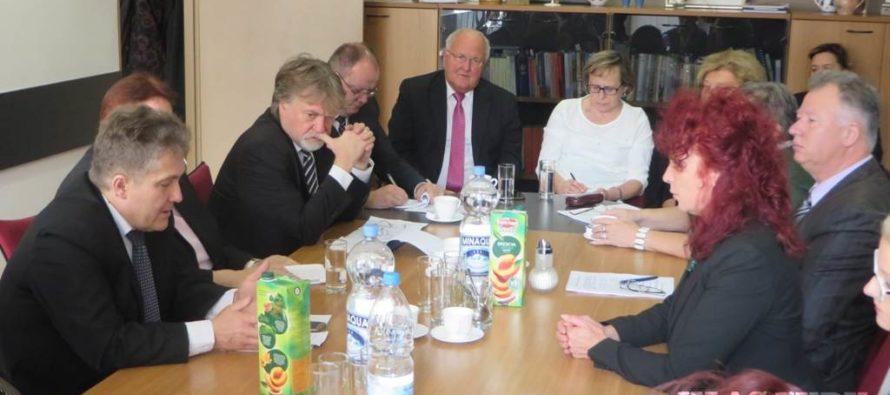 Parlamentná delegácia zo Slovenska návštevu skončila v Novom Sade