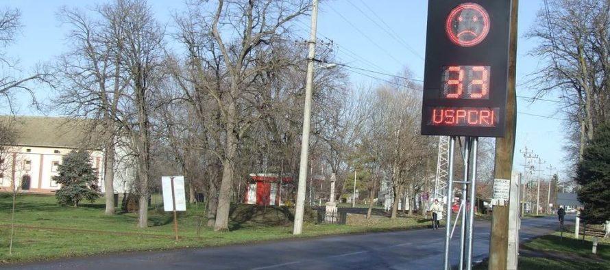 Svetelná signalizácia v centre Kulpína