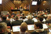 Zo Zhromaždenia mesta Nový Sad