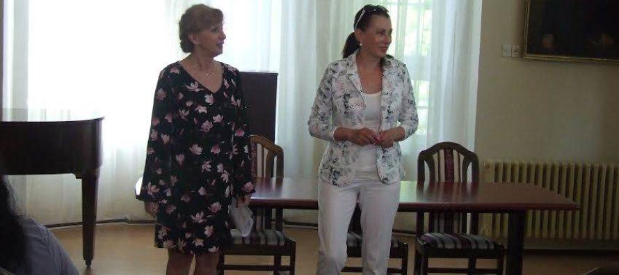 Seminár pre vychovávateľov aučiteľov vPetrovci