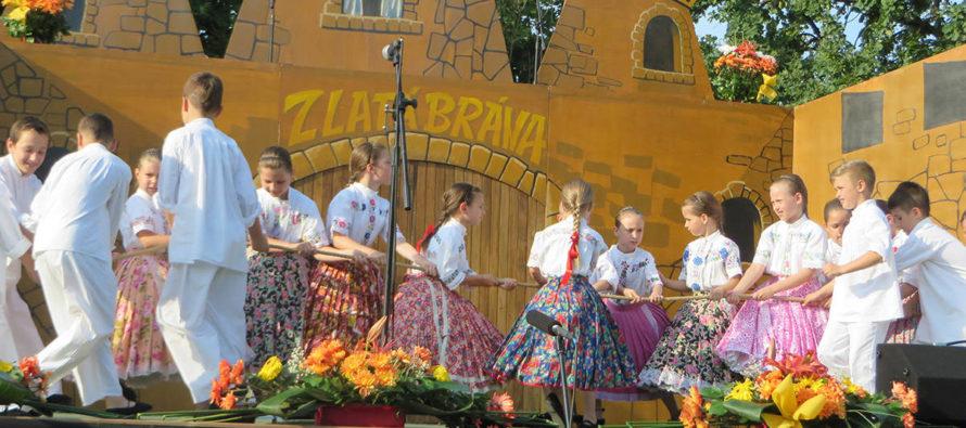 Správa z 24. Detského folklórneho festivalu Zlatá brána Kysáč 2017