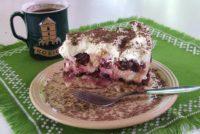 Rýchla keksovo-višňová torta