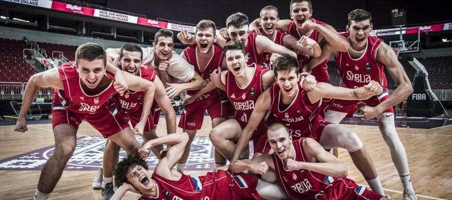 Juniori vo finále šampionátu Európy!