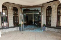 Zdemolovali kysáčsky dom smútku