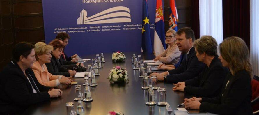 Ministerka Laššáková upredsedu pokrajinskej vlády