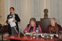Osem krížikov na pleciach unáša spisovateľka Viera Benková