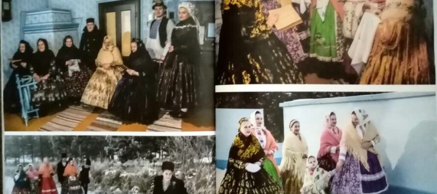 Prezentovali knihu Zachovajme od zabudnutia-tradičný odev žien v Padine