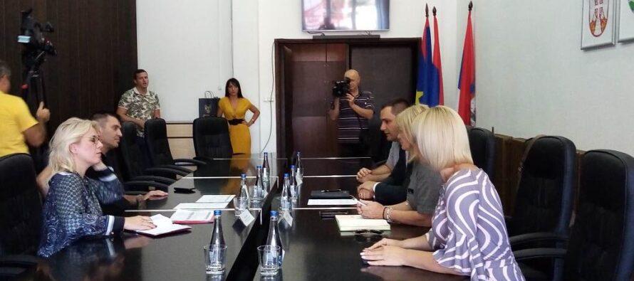BÁČSKY PETROVEC: Návšteva ministra