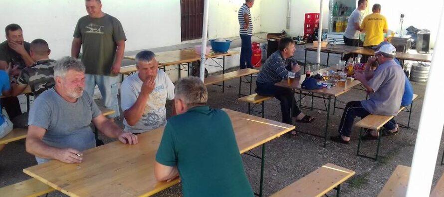 Dedinské oslavy v Lugu na poľovnícky spôsob