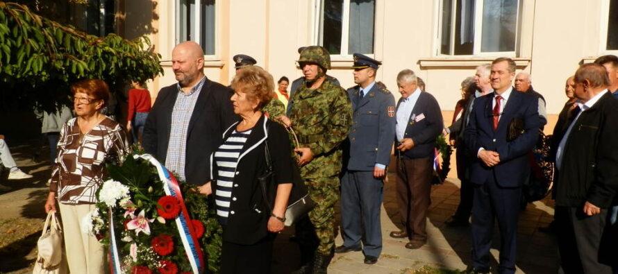 STARÁ PAZOVA: Pripomenuli si Deň oslobodenia od fašizmu