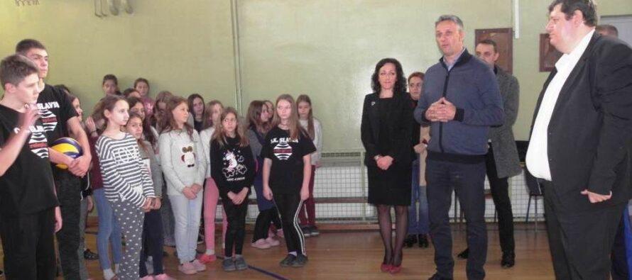 Pokrajinský tajomník Vladimir Batez navštívil Kovačicu