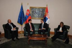 Zo stretnutia podpredsedov Vučića a Lajčáka na Úrade vlády Srbska v Nemanjinej 11 v Belehrade