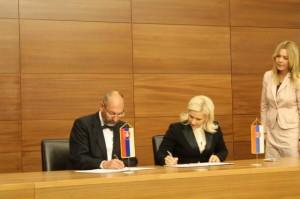 Z podpísania protokolu