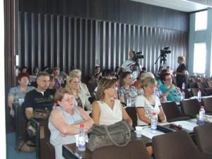 Zdravotní pracovníci na lekárskom sympóziu v Petrovci