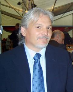Riaditeľ padinskej základnej školy Ladislav Petrovič