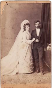 Vajanský s manželkou Idou v sobášnych šatách
