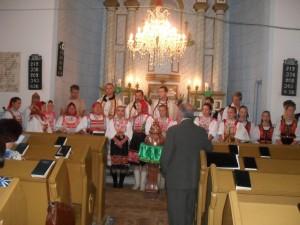 ... a v kostole zaspievali niekoľko duchovných piesní