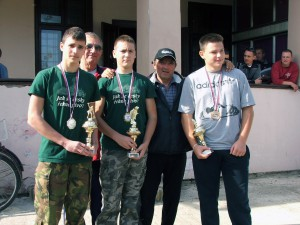 Najúspešnejší juniori: Greksa, Sýkora a Panić (vpredu zľava)