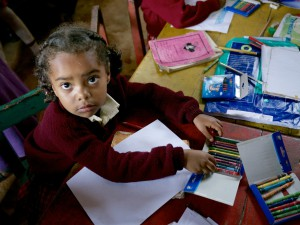 Darované školské pomôcky potešili kenské deti