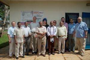Stretnutie slovenských terénnych pracovníkov a kwalských  lokálnych autorít so slovenským veľvyslancom v Keni